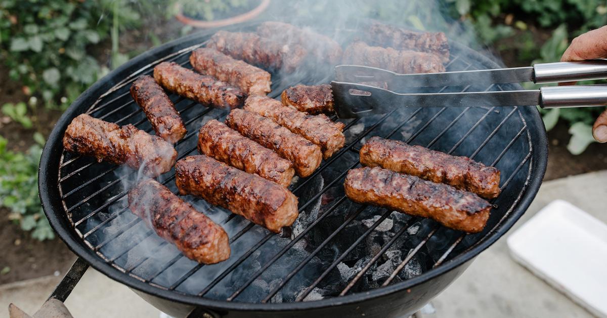 cook food outside